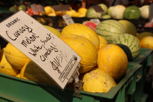 AUSTIN, TEXAS -- Melons and squash took center stage at this weekend's downtown Farmer's Market.
