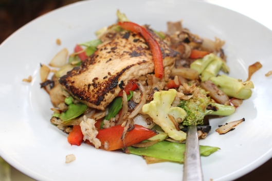 Last night's healthy, tofu-topped stir-fry took 15 minutes -- with some good planning.