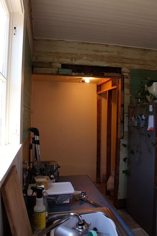 This used to be my pantry...me thinks it might become part of a little breakfast nook.